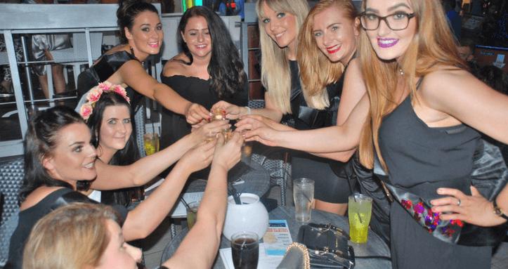 Magaluf free bar